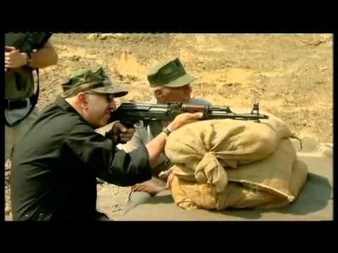 AK47 vs M16 - R. Lee Ermey