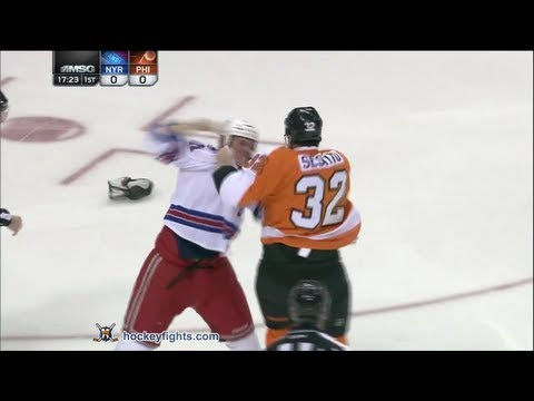 HockeyFigth: Stu Bickel vs Tom Sestito
