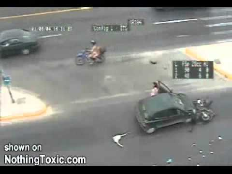 Motorcycle Accident - What a Lucky Guy !  SHOCKING !